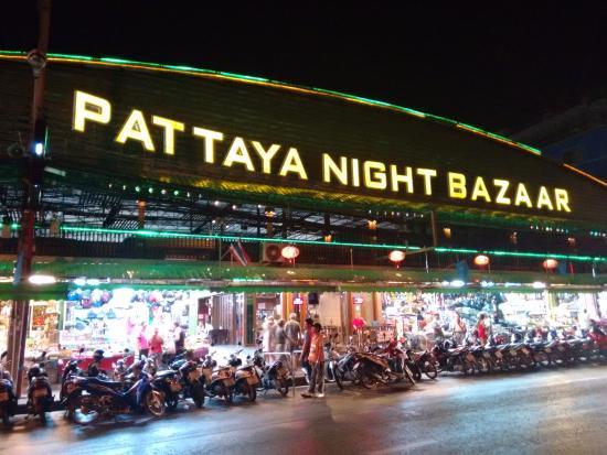 Visit Pattaya Night Bazaar