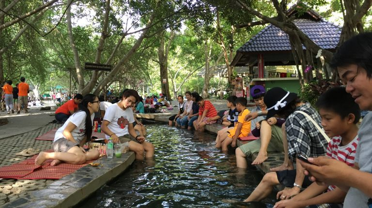 Spend a Day Relaxin with San Kanphaeng Hot Springs Sightseeing