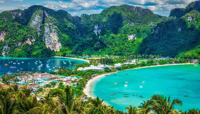 Koh Phi Phi Leh Beach