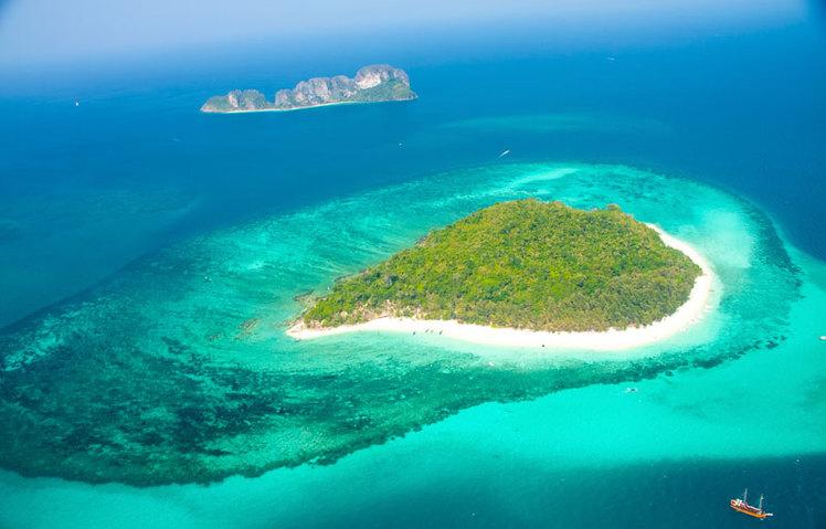 Phai Island (Bamboo Island)